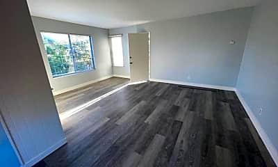 Living Room, 4847 Kansas St, 1