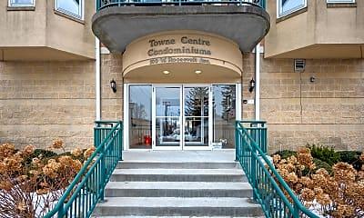 100 W Roosevelt Ave 202, 1
