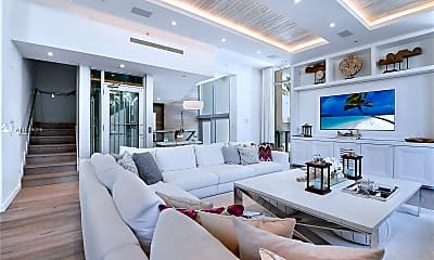 Living Room, 9501 Collins Ave 1, 0