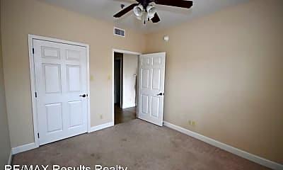 Bedroom, 103 N Monroe St, 2