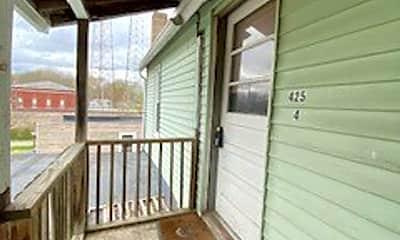 Patio / Deck, 425 Lake Ave, 1