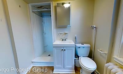 Bathroom, 2827 W Girard Ave, 2