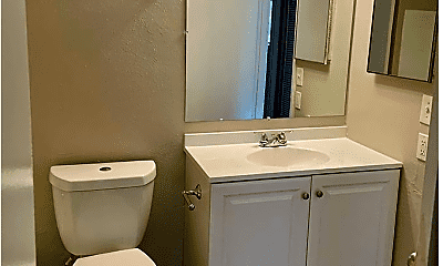 Bathroom, 464 Brentwood Dr, 2