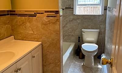 Bathroom, 19 Hillcrest Ave 1, 2