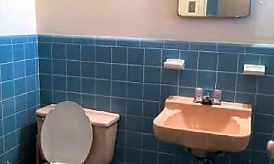 Bathroom, 2228 Bellefontaine, 1