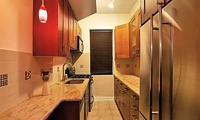Kitchen, 25 Clyde St 1G, 0