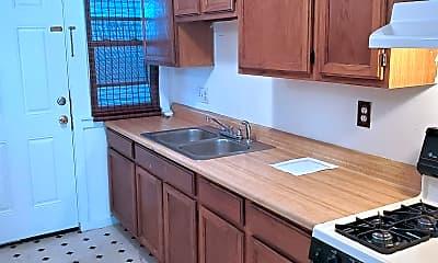 Kitchen, 10 Thompson Cir, 0