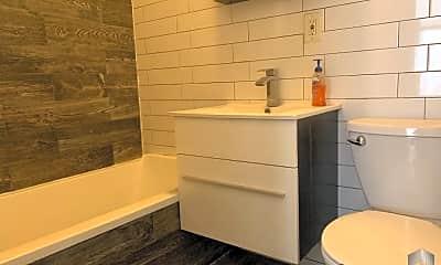 Bathroom, 780 Madison St, 2