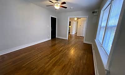 Living Room, 2759 Charlotte St, 1