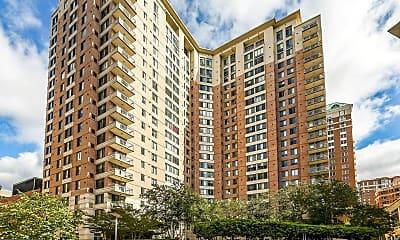 Building, 851 N Glebe Rd 418, 0