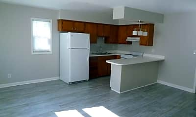 Kitchen, 3157 Page Ave, 1