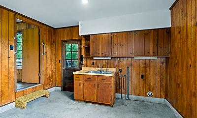 Kitchen, 2355 Davidson Graveyard Rd, 2
