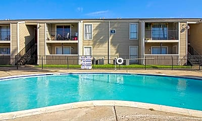 Pool, Sausalito Apartments, 2