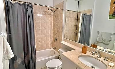 Bathroom, 3204 Bird Ave 119, 2