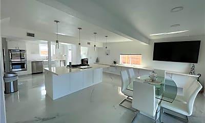Living Room, 3553 Ocean Dr, 1