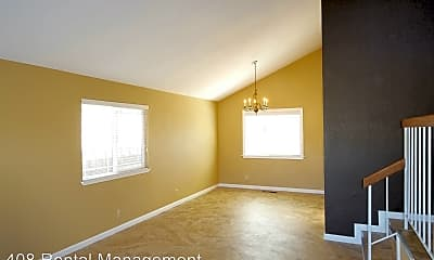 Living Room, 90 Foxwell Ct, 2