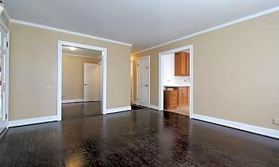 Living Room, 511 Stonehenge Ave A, 1