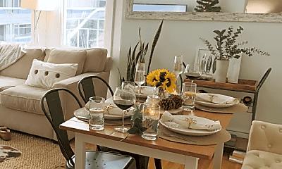 Dining Room, 2203 Webster St, 1