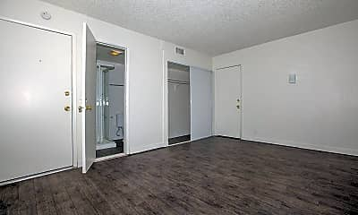 Viva Apartments, 2