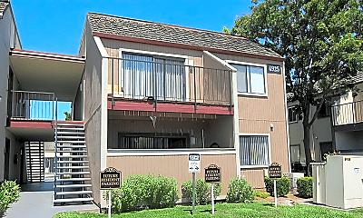 Building, 4945 Mack Rd, 2