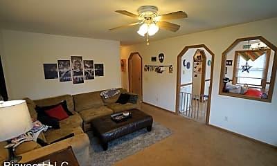 Living Room, 708 Bewick Dr, 1