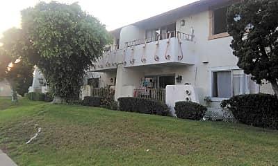 Crown Villa, 2