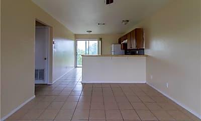 Living Room, 1409 Bundrant Dr 32, 1
