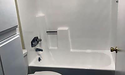 Bathroom, 7519 Vassar Ave, 0