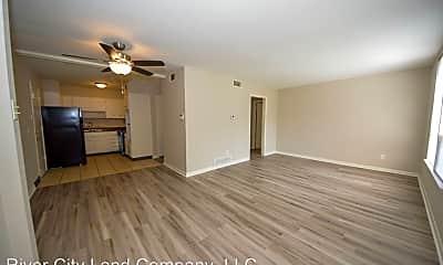 Living Room, 91 N Belvedere Blvd, 0