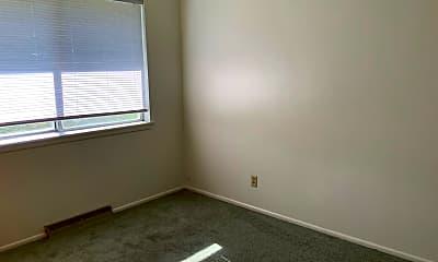 Bedroom, 818 Whitaker Dr, 2