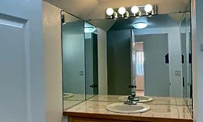 Bathroom, 11278 San Mateo Dr, 2