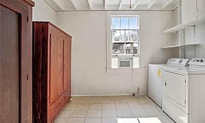 Kitchen, 4221 Burgundy St, 2