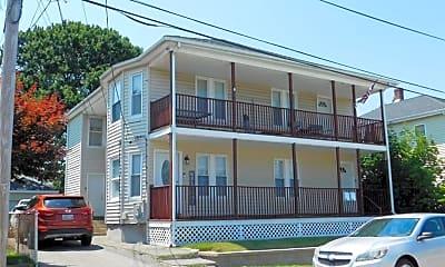 Building, 30 Everett St, 1
