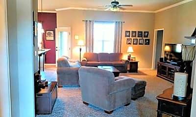 Living Room, 1808 NE 32nd St, 1