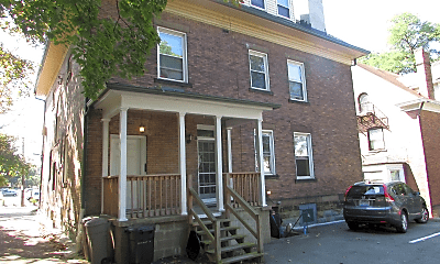 Building, 5813 Bartlett St, 2