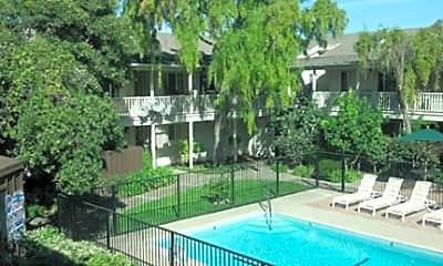 Casa Monterey Apartments, 1
