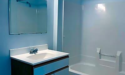 Bathroom, 413 Marion Pl NW, 2