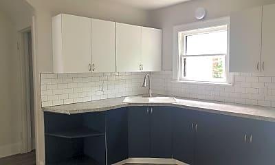 Kitchen, 1090 Herberich Ave, 1