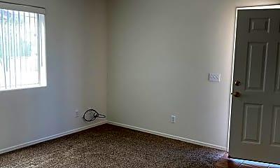 Living Room, 2818 McCulloch Blvd N, 2