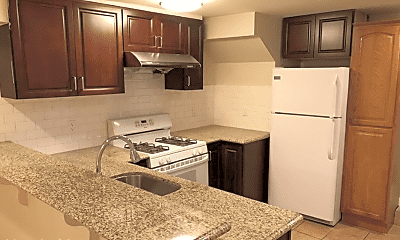 Kitchen, 326 4th St, 1