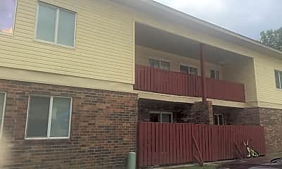 Cedarwood Apartments, 2