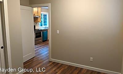 Bedroom, 1630 SE Oak Grove Blvd, 2