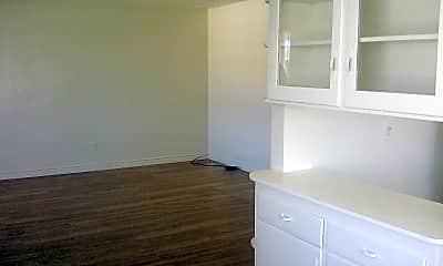 Bathroom, 3827 Wilson Ave, 1