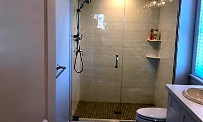 Bathroom, 308 Morris Ave 2, 2
