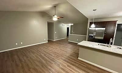 Living Room, 6215 N 15th St, 1