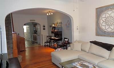 Living Room, 605 S Eaton St, 1