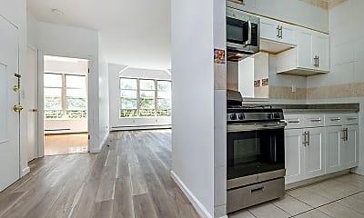 Kitchen, 223 E 110th St, 0