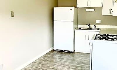 Kitchen, 102 E 35th St, 1