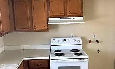 Kitchen, 1002 Tennessee St, 2
