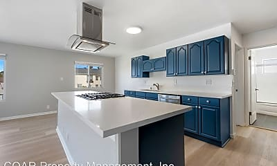 Kitchen, 1020 E Broadway, 0